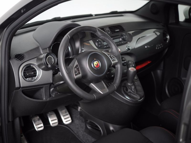 Abarth 595 1.4 T-Jet 140 Gris occasion à Beaupuy - photo n°3