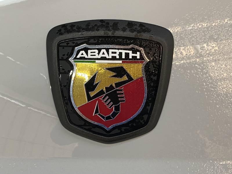 Abarth 595 1.4 Turbo 16V T-Jet 180 ch BVM5 Competizione  occasion à CONCARNEAU - photo n°9