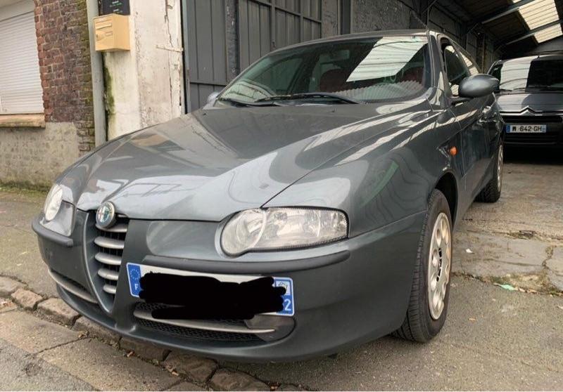 Alfa romeo 147 1.9 JTD  occasion à Harnes - photo n°2