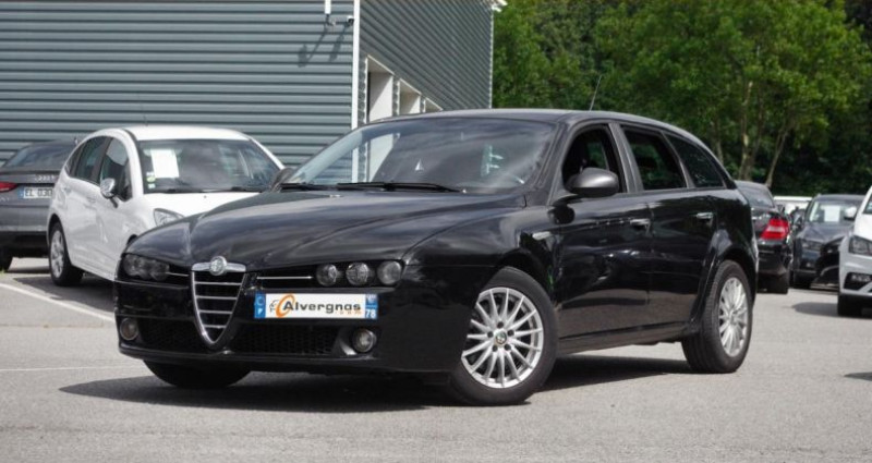 Alfa romeo 159 SW 1.9 JTDM 120 DISTINCTIVE Noir occasion à Chambourcy