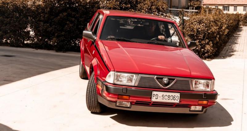 Alfa romeo 75 3000 V6 AMERICA Rouge occasion à Reggio Emilia