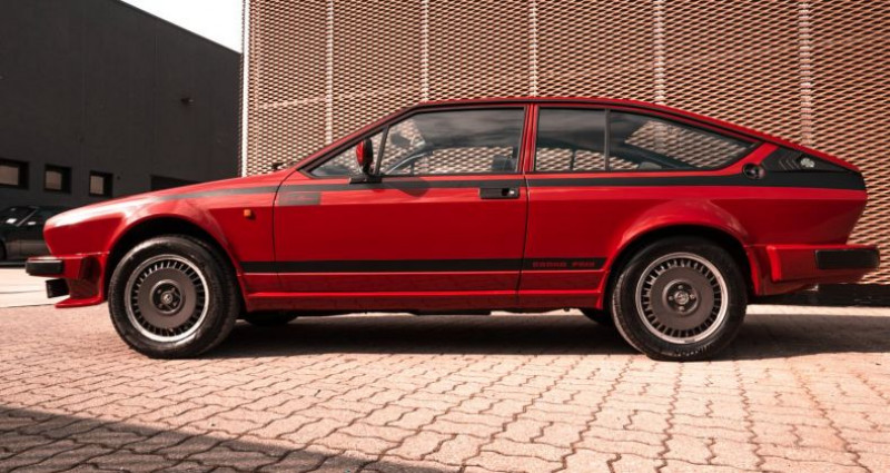 Alfa romeo Alfetta GTV GRAN PRIX NO. 128 Rouge occasion à Reggio Emilia - photo n°5