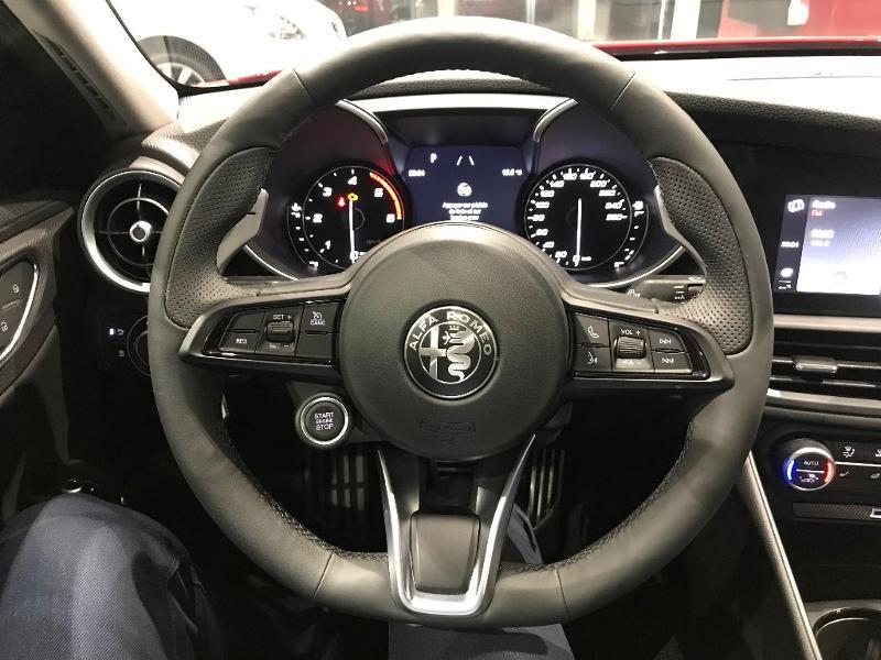 Alfa romeo Giulia 2.2 JTD 160ch Sprint AT8 MY20 Rouge occasion à Mérignac - photo n°9