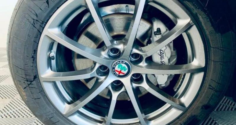 Alfa romeo Giulia 2.2 JTD 160ch Super AT8 MY19 Blanc occasion à TOURLAVILLE - photo n°5