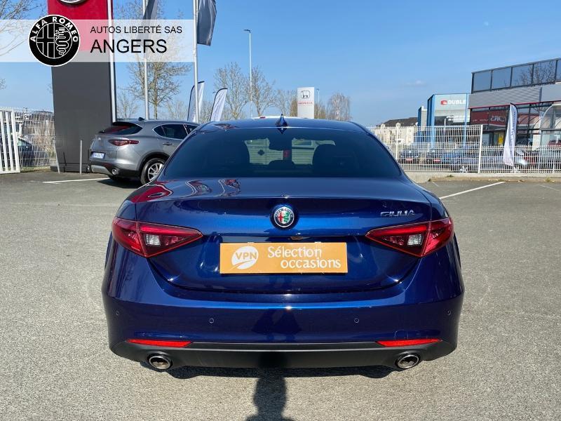 Alfa romeo Giulia 2.2 JTD 180ch Super AT8 Bleu occasion à Angers - photo n°8