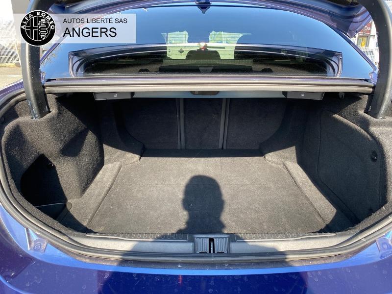 Alfa romeo Giulia 2.2 JTD 180ch Super AT8 Bleu occasion à Angers - photo n°4