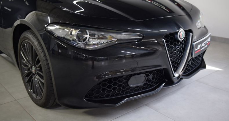 Alfa romeo Giulia 2.2d 210 ch AT8 Q4 Veloce Noir occasion à Thouaré Sur Loire - photo n°4