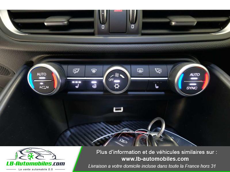 Alfa romeo Giulia 2.9 V6 510 ch / Quadrifoglio Noir occasion à Beaupuy - photo n°9