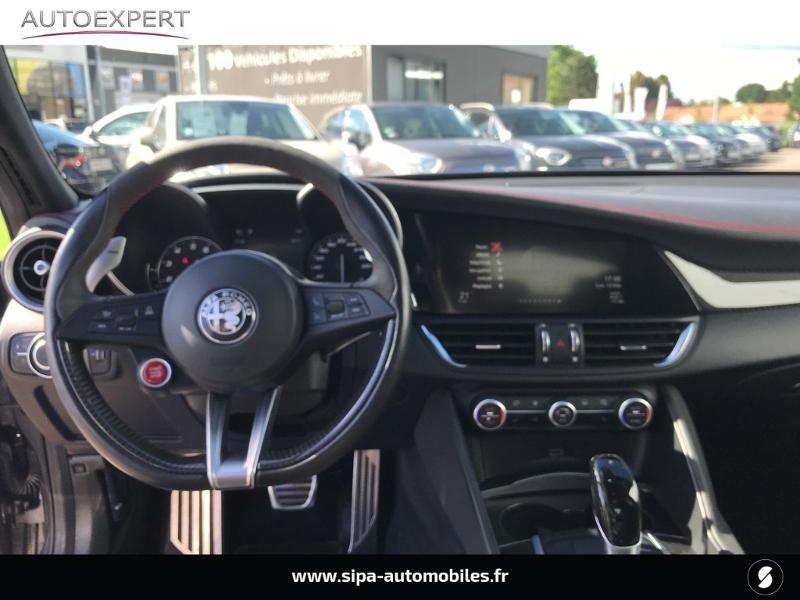 Alfa romeo Giulia 2.9 V6 510ch Quadrifoglio AT8 Gris occasion à Mérignac - photo n°3