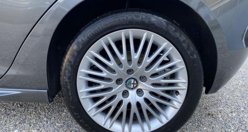 Alfa romeo Giullietta 1.4 TB MULTIAIR 170CH EXCLUSIVE STOP&START TCT Gris occasion à VOREPPE - photo n°7