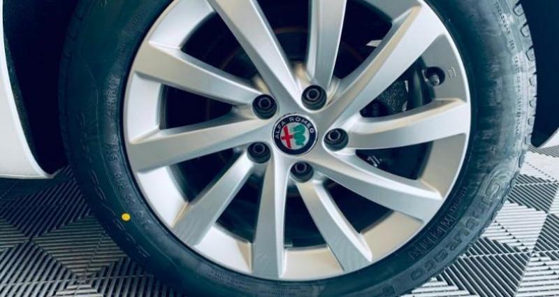 Alfa romeo Giullietta 1.6 JTDm 120ch Stop&Start MY19 Blanc occasion à TOURLAVILLE - photo n°5