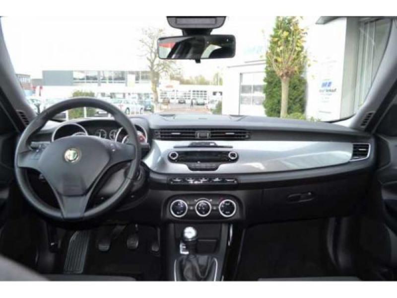 Alfa romeo Giullietta 1.6 JTDM Distinctive 105 Argent occasion à Beaupuy