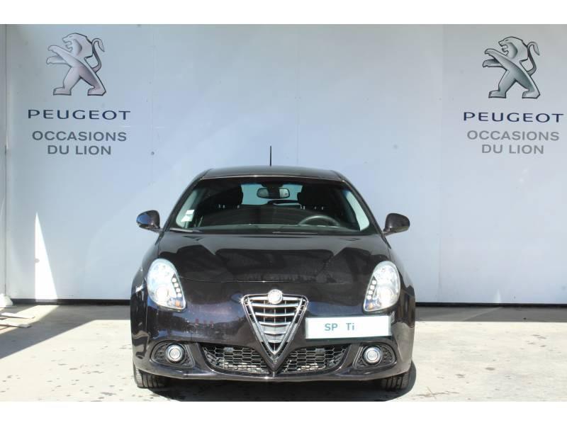 Alfa romeo Giullietta 2.0 JTDm 150 ch S&S Distinctive Noir occasion à Saint-Pierre-du-Mont - photo n°2
