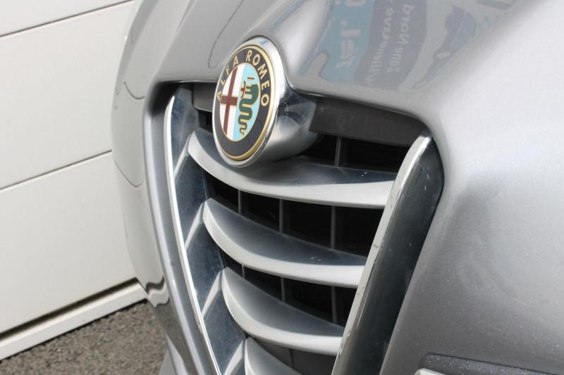 Alfa romeo Giullietta 2.0 JTDM 175CH DISTINCTIVE BUSINESS STOP&START TCT Gris occasion à Saint-Saturnin - photo n°5