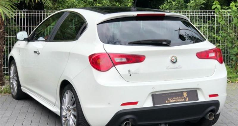 Alfa romeo Giullietta 2.0 JTDM 175CH EXCLUSIVE STOP&START TCT Blanc occasion à COLMAR - photo n°2