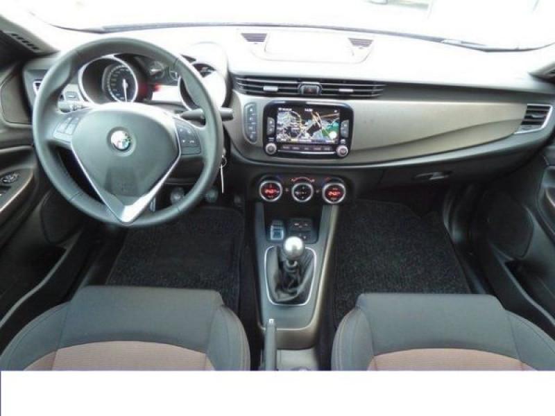 Alfa romeo Giullietta 2.0 JTDM Distinctive 150 Argent occasion à Beaupuy