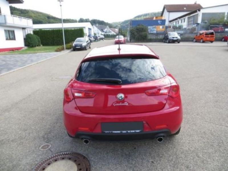 Alfa romeo Giullietta 2.0 JTDM Distinctive 175 Rouge occasion à Beaupuy - photo n°7