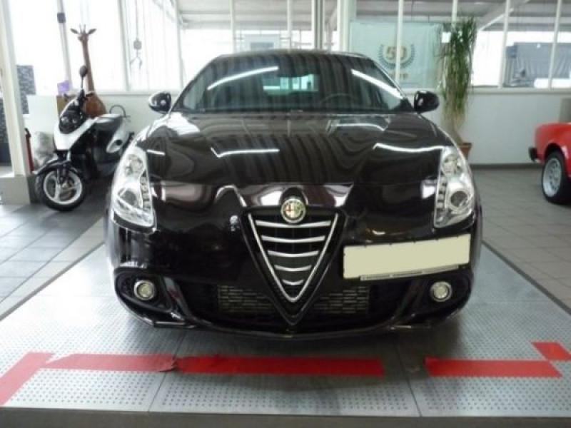 Alfa romeo Giullietta 2.0 JTDM Exclusive 150 Noir occasion à Beaupuy - photo n°7