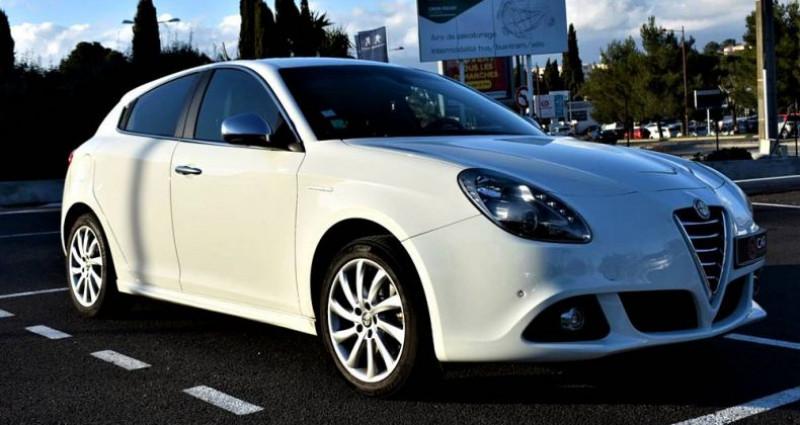 Alfa romeo Giullietta Exclusive 2.0 150 Ch ! GARANTIE Blanc occasion à ANTIBES - photo n°3