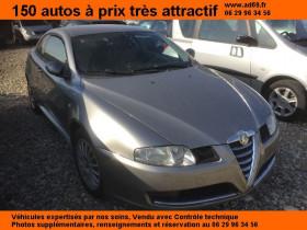 Alfa romeo GT Gris, garage VOITURE PAS CHERE RHONE ALPES à Saint-Bonnet-de-Mure