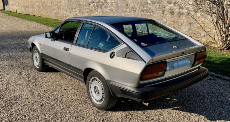 Alfa romeo GTV gtv6 2l5 de 1984 2 serie Gris occasion à Marcq - photo n°5