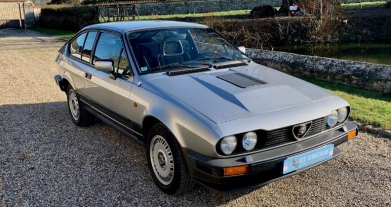 Alfa romeo GTV gtv6 2l5 de 1984 2 serie Gris occasion à Marcq - photo n°4