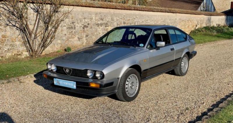 Alfa romeo GTV gtv6 2l5 de 1984 2 serie Gris occasion à Marcq - photo n°3