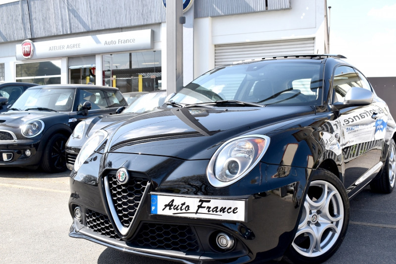 Alfa romeo Mito 0.9 TWIN AIR 105CH LUSSO STOP&START Noir occasion à Neuilly-sur-Marne