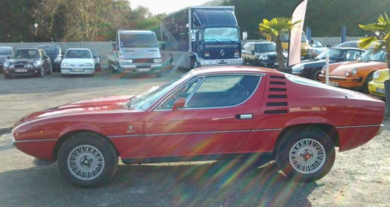 Alfa romeo Montreal COUPE Rouge occasion à Charpont - photo n°3