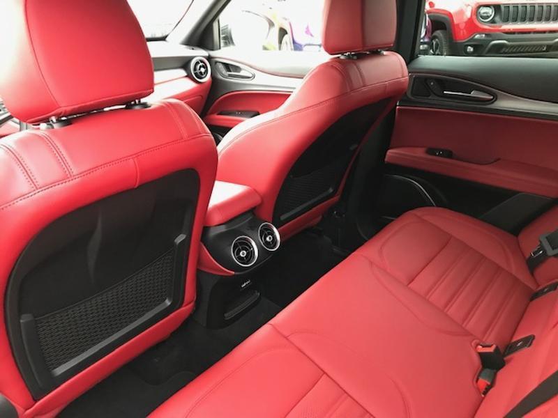 Alfa romeo Stelvio 2.0T 280ch Turismo Q4 AT8 MY19 Gris occasion à Toulouse - photo n°15