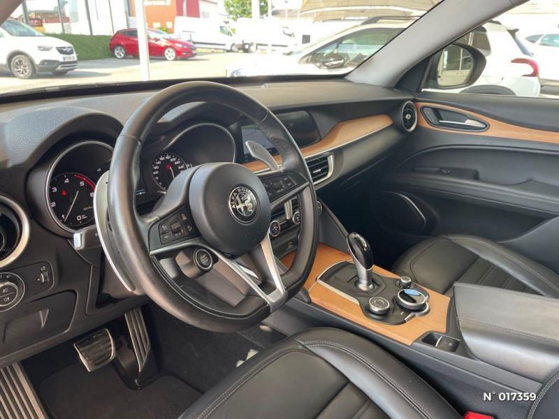 Alfa romeo Stelvio 2.2 Diesel 180ch Lusso Q4 AT8 Gris occasion à Compiègne - photo n°10