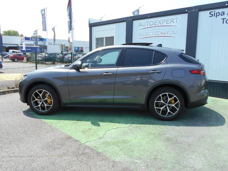 Alfa romeo Stelvio 2.2 Diesel 180ch Sport Edition AT8 Gris occasion à Toulouse - photo n°19