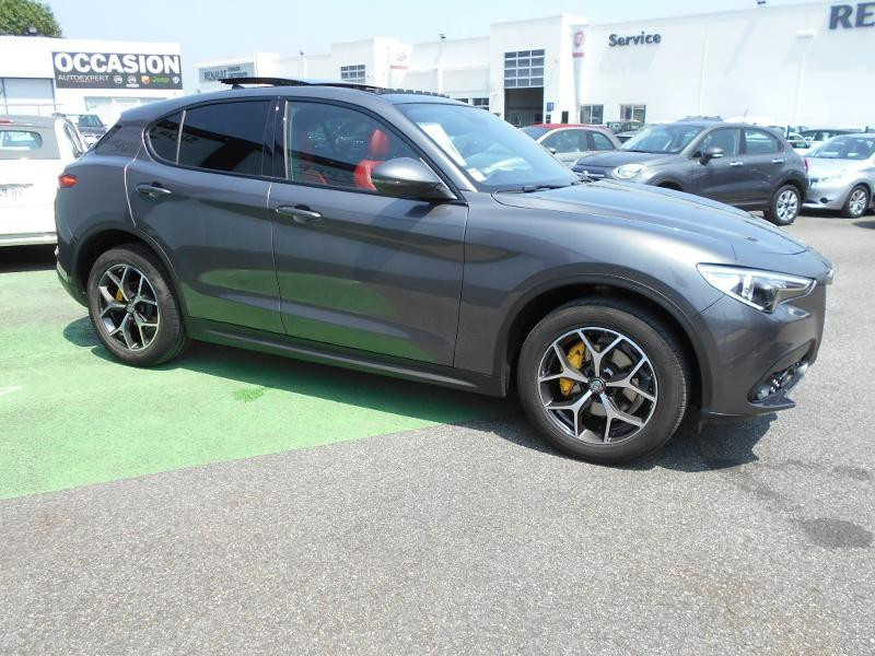 Alfa romeo Stelvio 2.2 Diesel 180ch Sport Edition AT8 Gris occasion à Toulouse - photo n°9