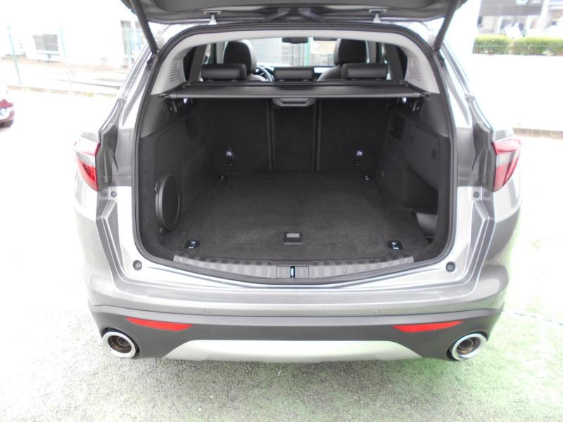 Alfa romeo Stelvio 2.2 Diesel 190ch Executive AT8 MY19 Gris occasion à Toulouse - photo n°17