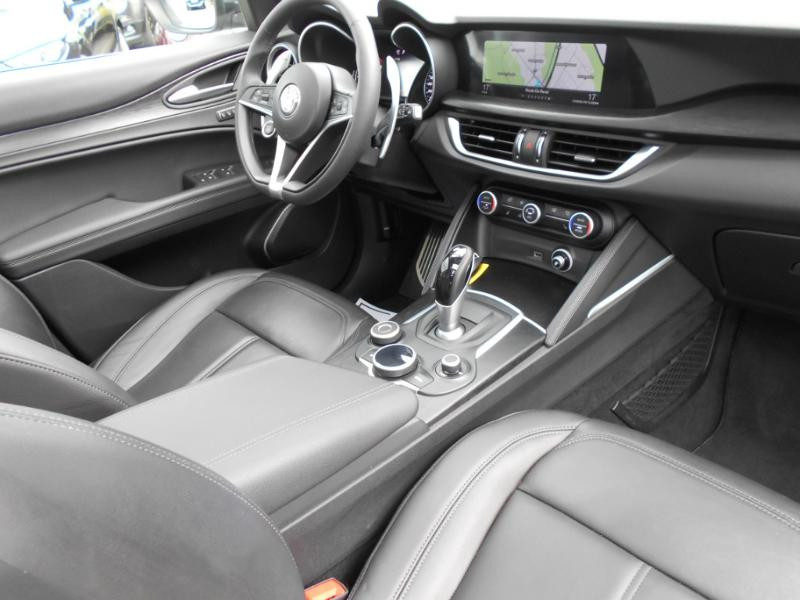 Alfa romeo Stelvio 2.2 Diesel 190ch Executive AT8 MY19 Gris occasion à Toulouse - photo n°3