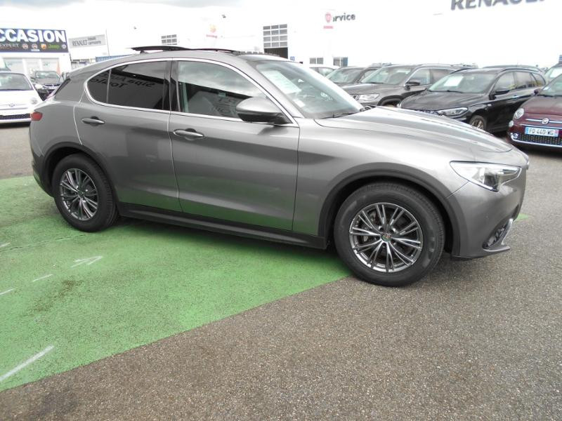 Alfa romeo Stelvio 2.2 Diesel 190ch Executive AT8 MY19 Gris occasion à Toulouse - photo n°10