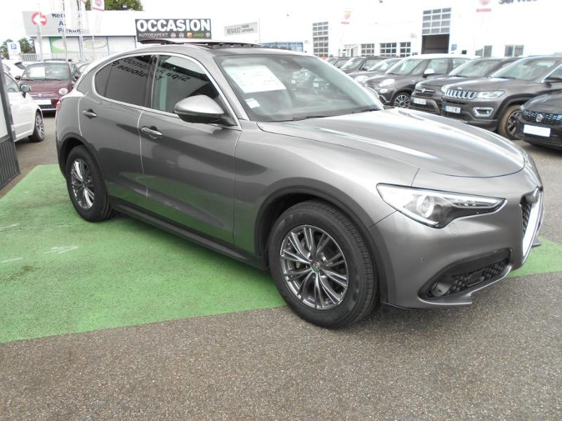 Alfa romeo Stelvio 2.2 Diesel 190ch Executive AT8 MY19 Gris occasion à Toulouse - photo n°9