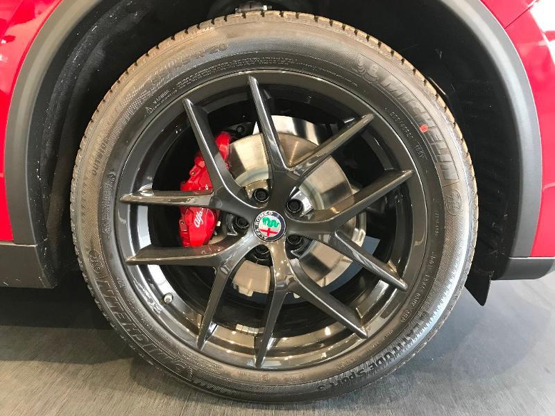 Alfa romeo Stelvio 2.2 Diesel 190ch Sprint Q4 AT8 MY21 Rouge occasion à Mérignac - photo n°16