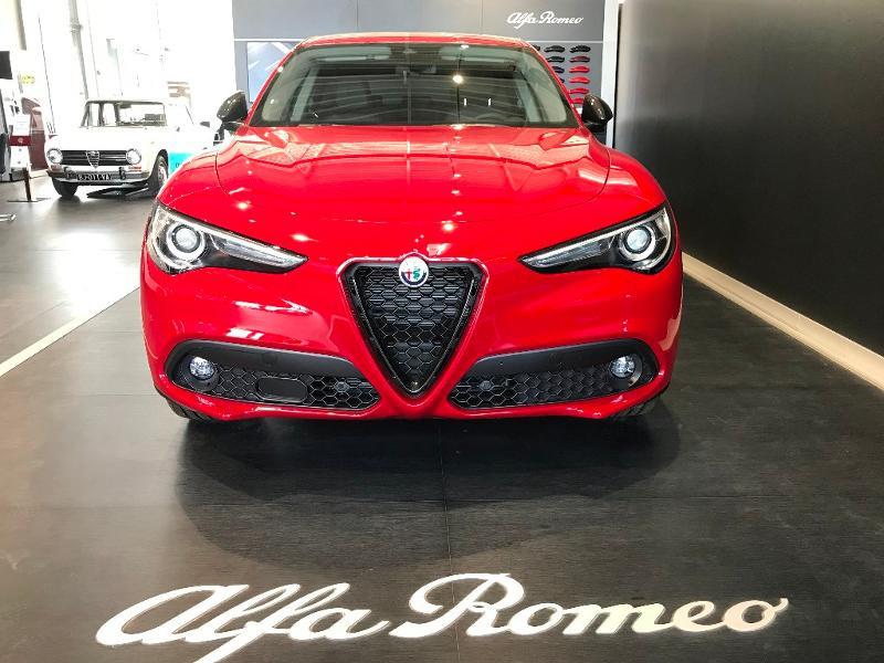Alfa romeo Stelvio 2.2 Diesel 190ch Sprint Q4 AT8 MY21 Rouge occasion à Mérignac - photo n°18
