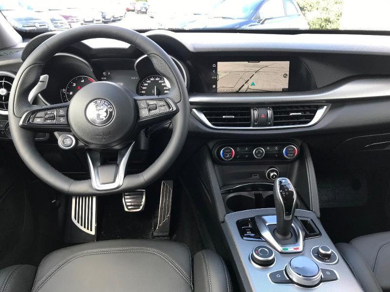 Alfa romeo Stelvio 2.2 Diesel 190ch Sprint Q4 AT8 MY21 Rouge occasion à Mérignac - photo n°10