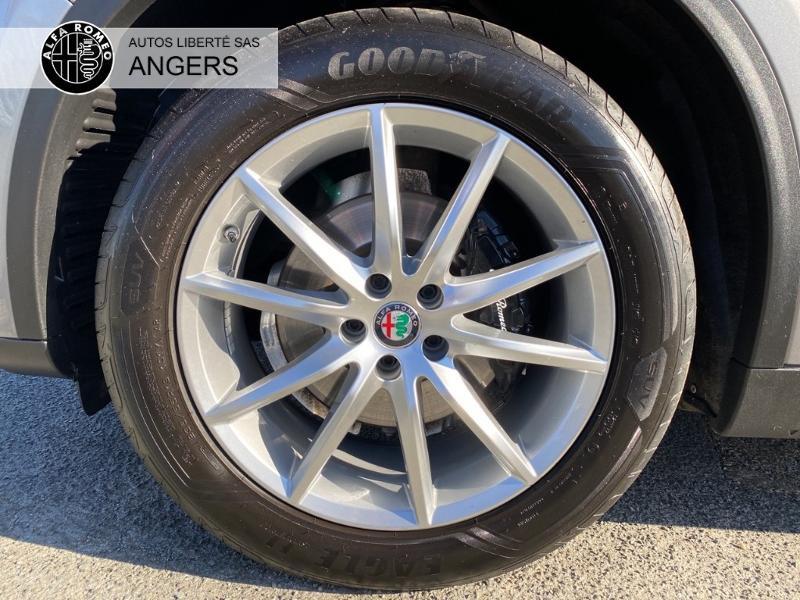 Alfa romeo Stelvio 2.2 Diesel 210ch Lusso Q4 AT8 Gris occasion à Angers - photo n°11