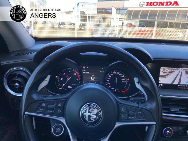 Alfa romeo Stelvio 2.2 Diesel 210ch Lusso Q4 AT8 Gris occasion à Angers - photo n°19