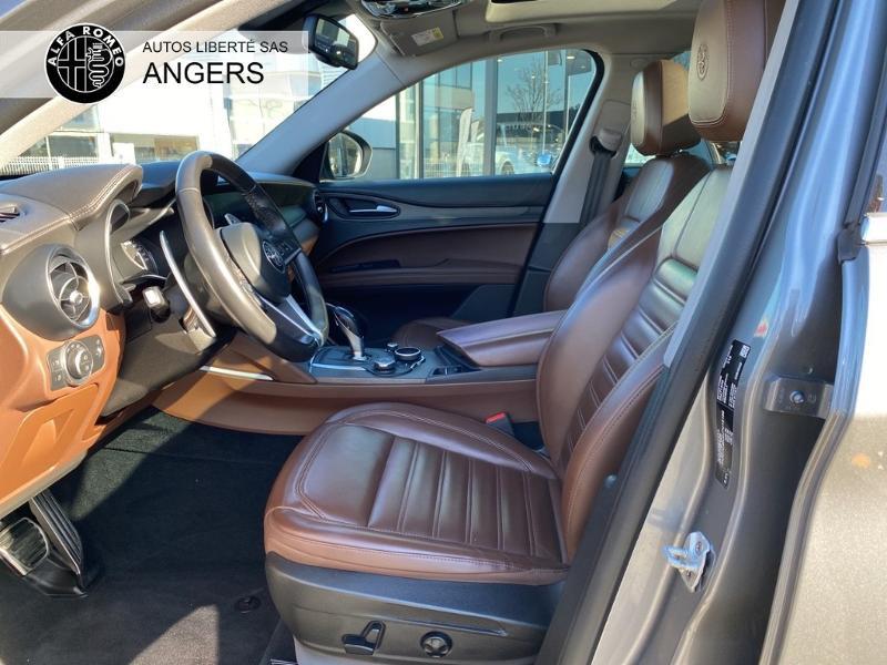 Alfa romeo Stelvio 2.2 Diesel 210ch Lusso Q4 AT8 Gris occasion à Angers - photo n°9