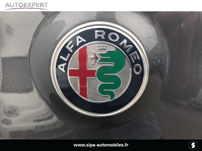 Alfa romeo Stelvio 2.2 Diesel 210ch Lusso Q4 AT8 Gris occasion à Mérignac - photo n°10