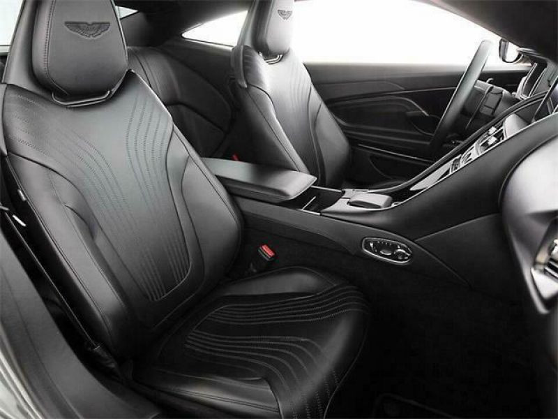 Aston martin DB11 5.2 Biturbo V12 Gris occasion à BEAUPUY - photo n°4