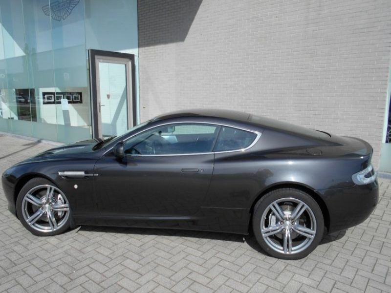 Aston martin DB9 Coupe Coupe 6.0 V12 517 Gris occasion à BEAUPUY - photo n°6