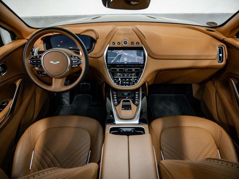 Aston martin DBX 4.0 V8 Bi-Turbo Noir occasion à BEAUPUY - photo n°2