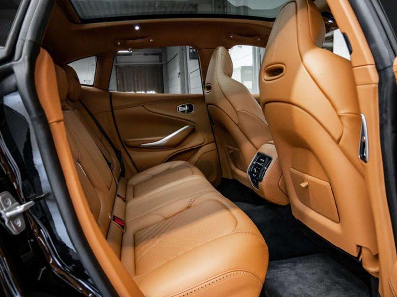 Aston martin DBX 4.0 V8 Bi-Turbo Noir occasion à BEAUPUY - photo n°7