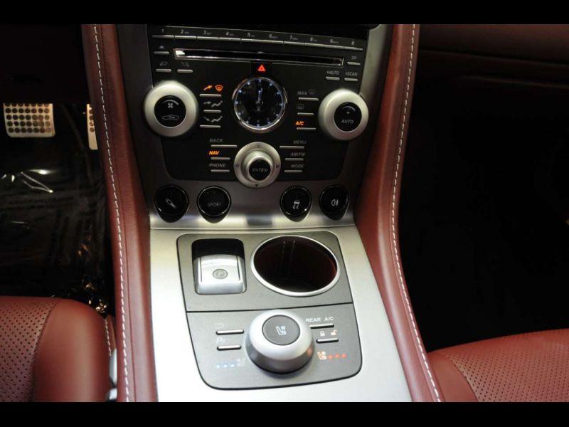 Aston martin Rapide 6.0 V12 Touchtronic 476 CH Blanc occasion à BEAUPUY - photo n°9