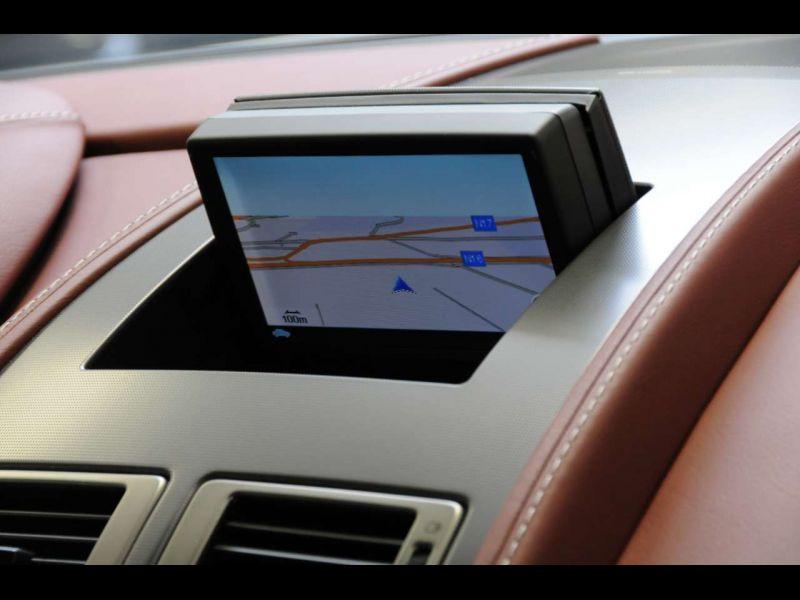 Aston martin Rapide 6.0 V12 Touchtronic 476 CH Blanc occasion à BEAUPUY - photo n°7